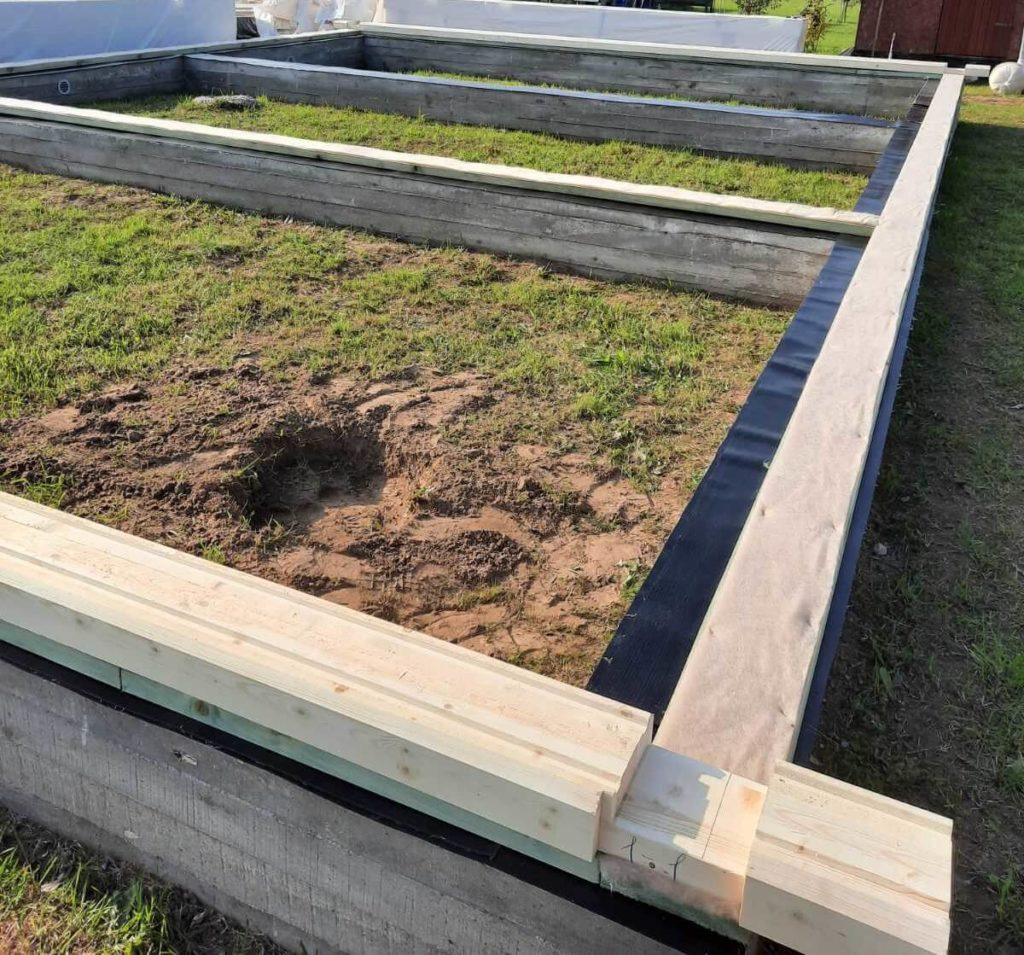 ленточный фундамент с обвязкой